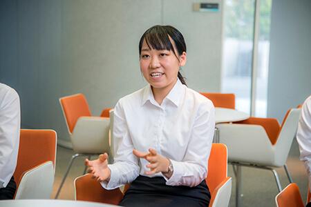 野澤笙子さん(鳥取県出身、大阪の大学に在学中)
