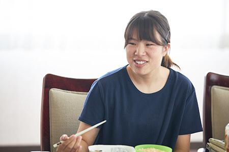 清水美和さん(長野県出身 富山県の大学に在学中。食品会社への就職を希望)