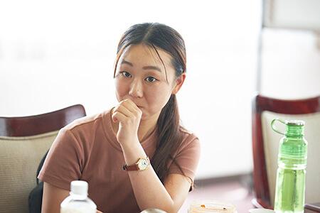 泉田詩音さん(東京都出身 都内の大学に在学中。アウトドア好きが高じて長野県が好きになり長野県での就職を希望している)